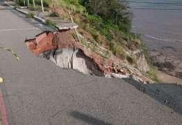 JORNAL NACIONAL: Barreira do Cabo Branco, em João Pessoa, sofre erosão e pode desabar