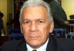 José Aldemir estuda abrir mão de candidatura por Gobira em Cajazeiras