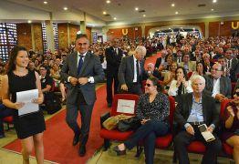 Prefeito Luciano Cartaxo recebe título de 'honoris causa'