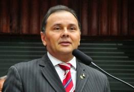 Ludgério se reúne com João Azevêdo e revela torcida por dois parlamentares do PSB para o 2º biênio