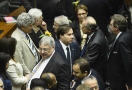 Rodrigo Maia vai presidir a Câmara dos Deputados até fevereiro