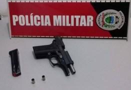 Vereador é detido após disparar arma de fogo durante vaquejada no Sertão