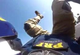 impressionante acidente com motociclista da PRF na Barra da Tijuca – VEJA VÍDEO
