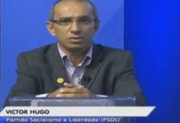 DEBATE NA ARAPUAN: Victor Hugo esquece críticas ao governo e mira no Professor Charliton em discussão