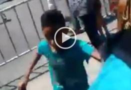 VEJA VÍDEO: Momentos de pânico no Rangel sob ameaça de tiros