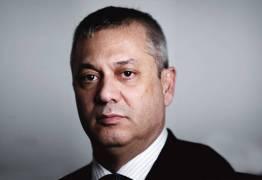É CASO DE IMPEACHMENT ? – Governo quer abafar a Lava Jato, diz Fábio Medina da AGU demitido