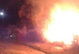 IMAGENS FORTES – Homem morre durante passeata ao manipular fogos de artifício na PB