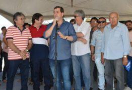 Gervásio Maia comemora restauração da PB-325 na região de Catolé do Rocha