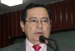 'A UEPB não pode viver de emergência', diz Anísio Maia