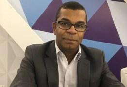 Vereador eleito, Bispo José Luiz diz que o governo Temer não está trabalhando para resolver a crise nacional