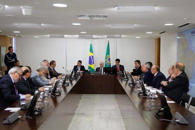 reunião temer - Temer garante transposição do São Francisco deve chegar a Monteiro na Paraíba já em janeiro de 2017