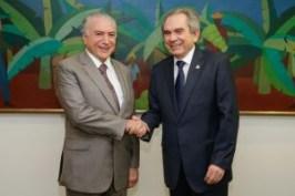temer lira - VEJA VÍDEO: Senador Raimundo Lira se reúne com o presidente Michel Temer