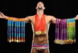Michael Phelps aparece em capa de revista como maior atleta olímpico da história