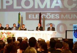 Diplomado, Cartaxo promete gestão de continuidade na Capital