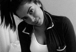 Anitta posta em rede social fotos sensuais de calcinha