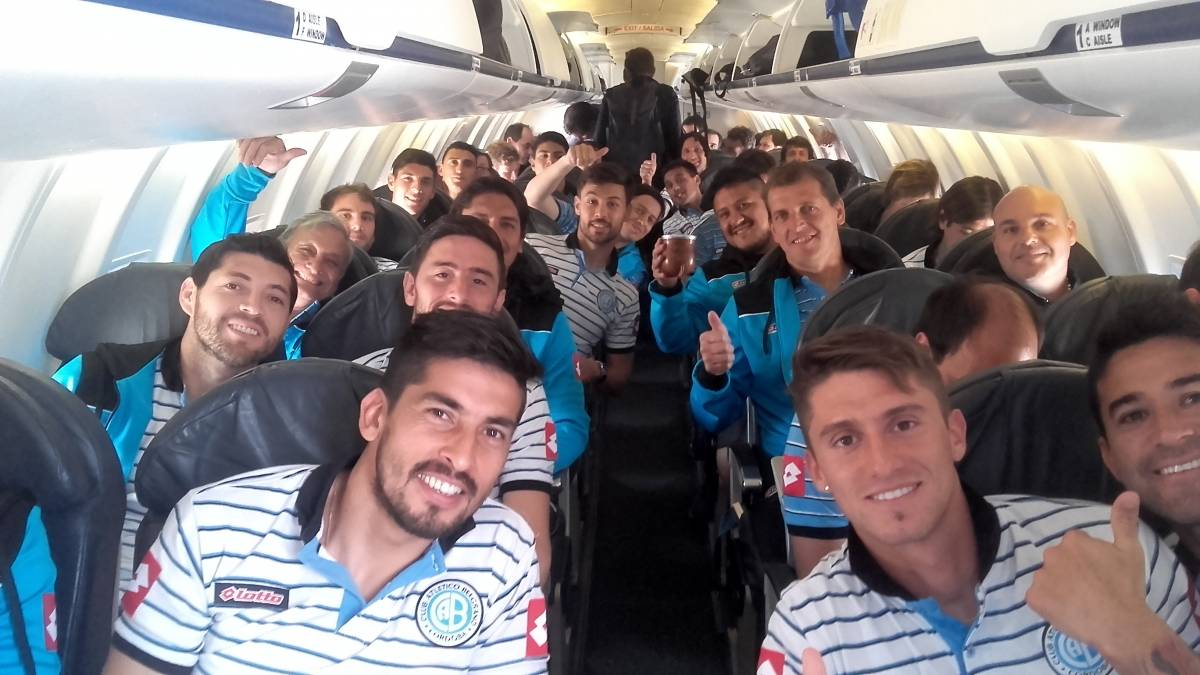 Belgrano Avion - Time de futebol argentino desiste de voo após pane elétrica