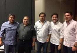 Pré-candidato a mesa, Rômulo Gouveia e deputados paraibanos participam de encontro com Rodrigo Maia