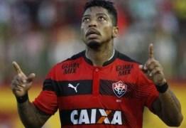 Marinho anuncia que vai jogar no futebol chinês