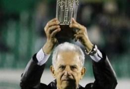 Antigo treinador do FC Porto e selecionador do Brasil morre aos 77 anos