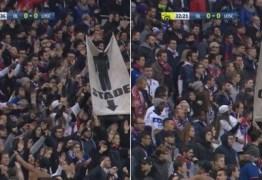 MACHISMO! Faixa contra mulheres em estádio de futebol envergonha o mundo