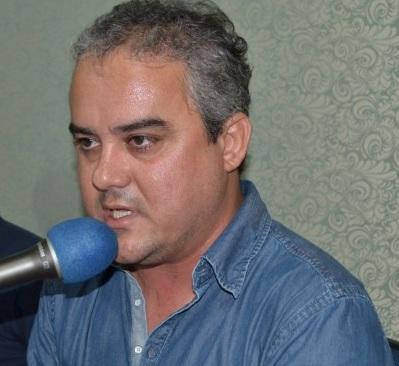 VEJA VÍDEO: Cássio afirma que Aécio vai deixar presidência do PSDB