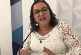 Sandra Marrocos se retira de ato ecumênico durante reabertura da CMJP em forma de protesto