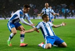 Novo Hulk? Sousense estreia com dois gols e leva seu time à liderança na Europa