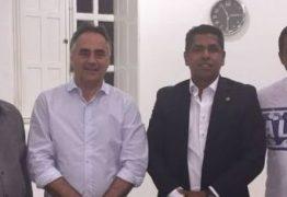 Prefeito Luciano Cartaxo ganha apoio de mais um vereador da oposição na Câmara