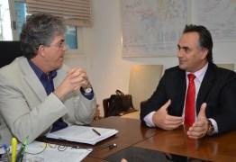 Cartaxo descarta união com Ricardo: 'Já tenho aliança'