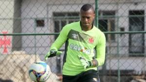 32874487433 a119149b16 o 300x169 - Goleiro do Vasco, Jordi admite erro do árbitro, mas provoca o Flamengo
