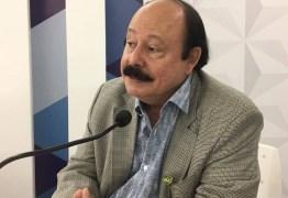 Levy Fidelix diz que Temer deveria ter mandado um ministro inaugurar transposição na Paraíba