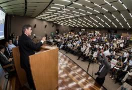 Cássio participa do lançamento do plano estratégico de Campina Grande