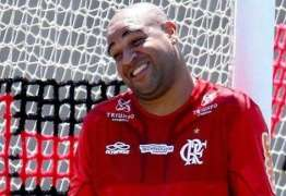 Presidente do Flamengo deixa as portas do clube abertas para Adriano Imperador