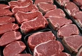União Europeia acena com bloqueio a carne brasileira