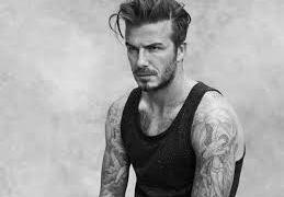 Beckham posta foto em rede social com o rosto desfigurado
