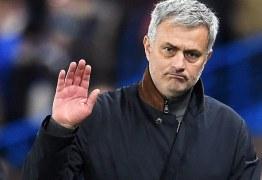 José Mourinho diz que é impossível tirar Neymar do Barcelona