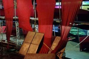 palco 300x200 - Camarote de show sertanejo desaba e deixa 27 feridos