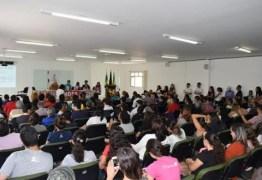 Professores da UEPB deflagram greve por tempo indeterminado