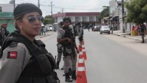 IMG 3791 300x169 - PM realiza Operação 'Nômade' para apreender armas, drogas e similiares