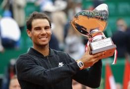 Rafael Nadal brinca sobre títulos recentes