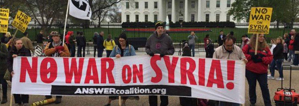 protesto ataque síria - Nos Estados Unidos, Ativistas e cidadãos protestam contra ataque a Síria