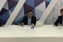 Oposição reclama de falta de respostas da gestão Cartaxo, mas elogia presidência de Marcos Vinicius na Câmara Municipal