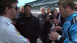alonso indy 300x169 - Diretor da Mclaren define explosão do motor de Alonso durante Indy 500 como doloroso, mas previsível