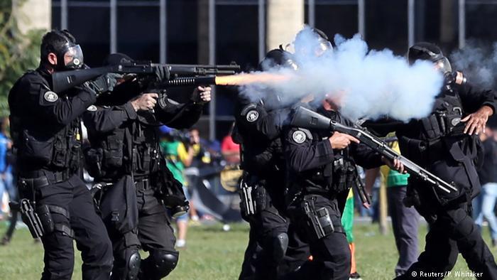 brasília armas protestos - Comissão Interamericana de Direitos Humanos apela por garantias democráticas no Brasil