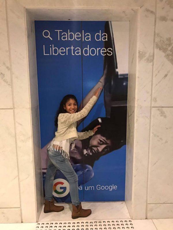 giovana1 - Chloe do meme está no Brasil e se encontrou com a Giovana do forninho
