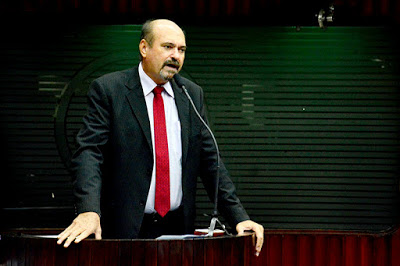 jeová campos. - Deputado Jeová Campos é mais uma vez escolhido como um dos parlamentares com melhor desempenho da ALPB