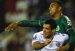 Chapecoense decide título contra time japonês na despedida de turnê