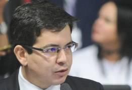 Agressão entre senadores interrompe tramitação da reforma trabalhista