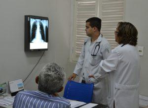 AQUIVO ASCOM SMS IVOMAR GOMES 6 300x218 300x218 - Rede Municipal de Saúde já realizou mais de 690 mil atendimentos em Atenção Básica
