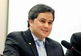 Efraim Filho comemora lei que facilita produção de alimentos artesanais